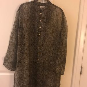 Chico's 100%silk button tunic with side slits 10
